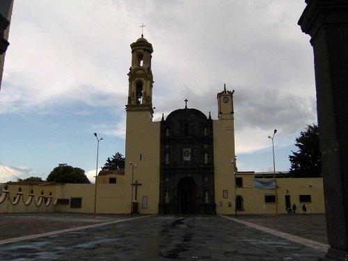 Paseo por Mexico Iglesia parroquial dedicada al Divino Salvador en San Salvador el Seco