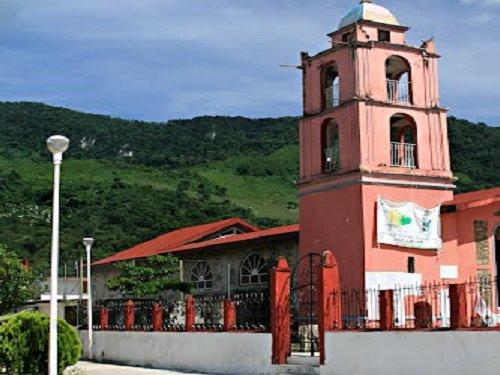 Paseo por Mexico Iglesia parroquial dedicada a San Sebastián Mártir en San Sebastián Tlacotepec