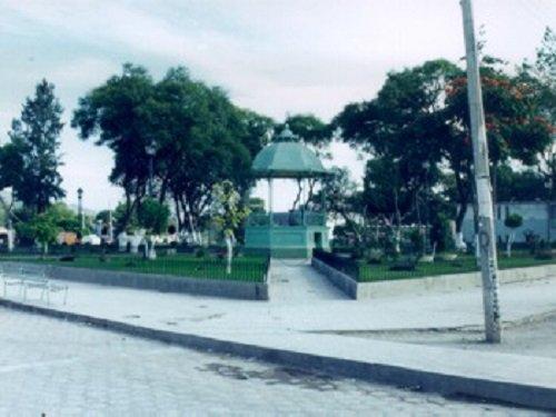 Paseo por Mexico Kiosco de Santiago Miahuatlán