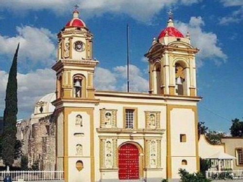 Paseo por Mexico Iglesia de Alseseca en Tecamachalco