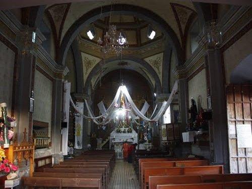 Paseo por Mexico Interior de Iglesia parroquial Tecomatlán