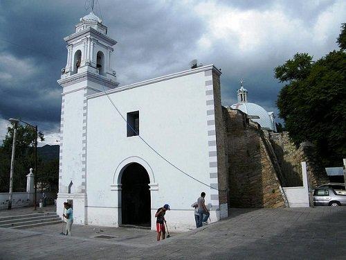 Paseo por Mexico Templo de San Diego de Alcalá en Tehuacán