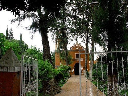 Paseo por Mexico Parroquia San Nicolás Tolentino en Tehuacán