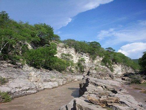 Paseo por Mexico Rio Atoyac de Tehuitzingo