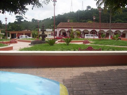 Paseo por Mexico Parque de Tenampulco