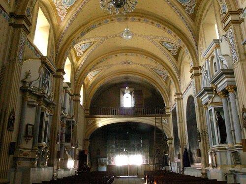 Paseo por Mexico Interior de Parroquia de San Pedro Apóstol en Tepeyahualco