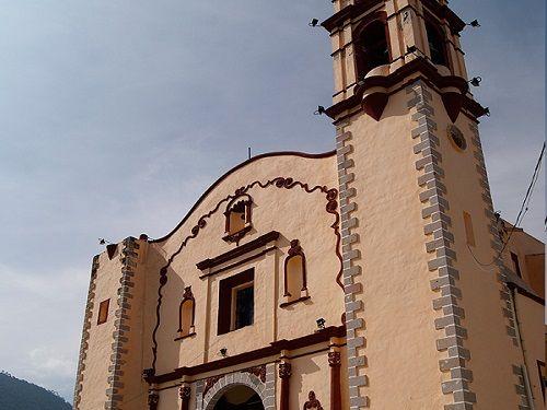 Paseo por Mexico Iglesia de Santa Maria de la Asunción en Tetela de Ocampo