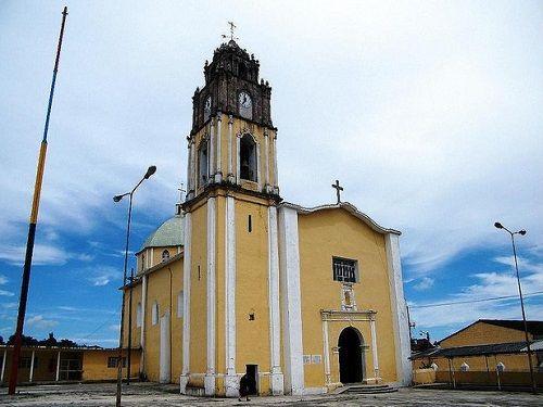 Paseo por Mexico Iglesia de la Virgen del Rosario en Teteles de Avila Castillo