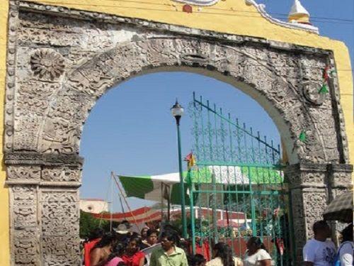 Paseo por Mexico Un poco mas de la Iglesia de San Miguel Arcángel en Tilapa
