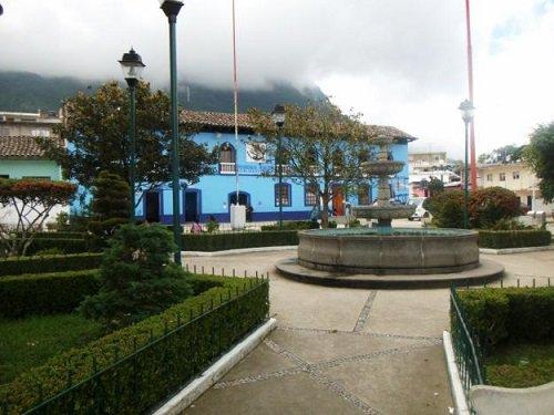 Paseo por Mexico Zócalo de Tlacuilotepec