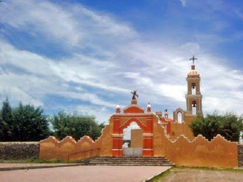 Paseo por Mexico Iglesia de Santa María en Tlahuapan