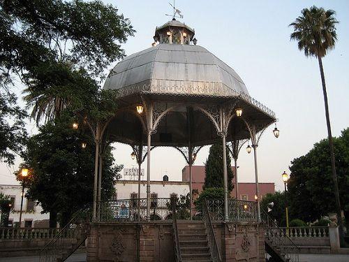 Paseo por Mexico Kiosco de Tlaltenango