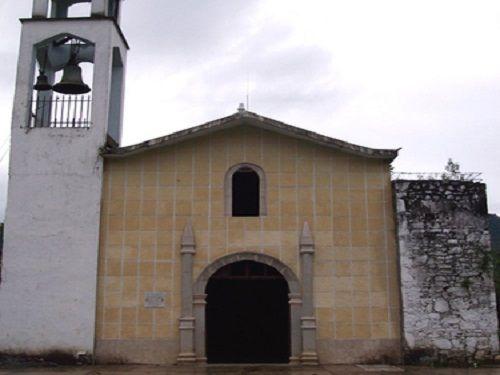 Paseo por Mexico Iglesia parroquial en advocación a San Pedro en Tlaola