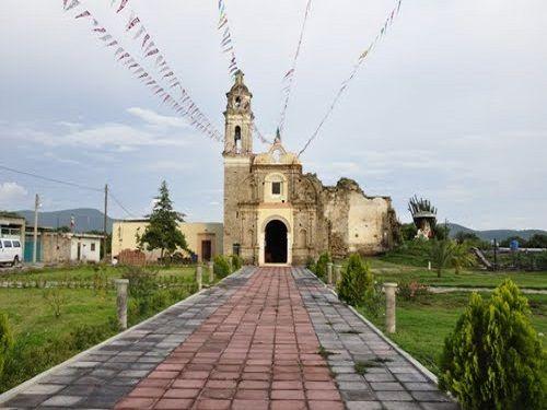 Paseo por Mexico Iglesia de San Luis Chalma en Tlapanalá