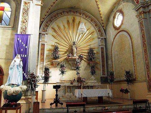Paseo por Mexico Interior de Templo del Sagrado Corazón de Jesús en Tlatlauquitepec