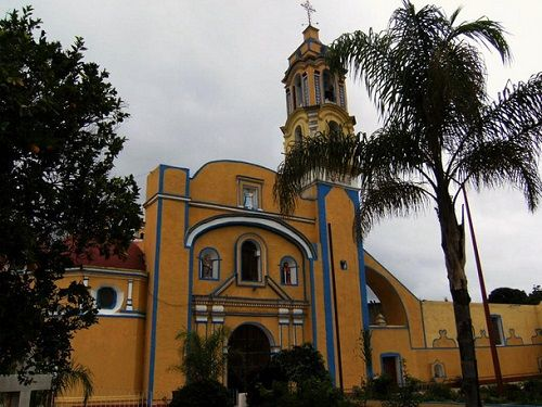 Paseo por Mexico Parroquia de Santa Maria de la Natividad en Tochtepec