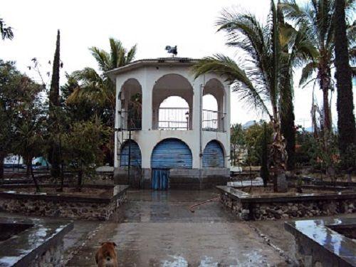 Paseo por Mexico Kiosco de Totoltepec de Guerrero