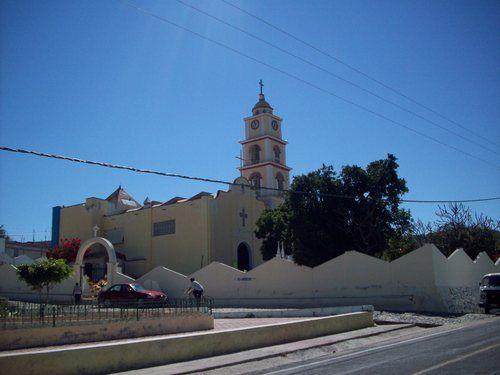 Paseo por Mexico Templo parroquial en advocación de la Virgen de Ocotlán en Xayacatlán de Bravo