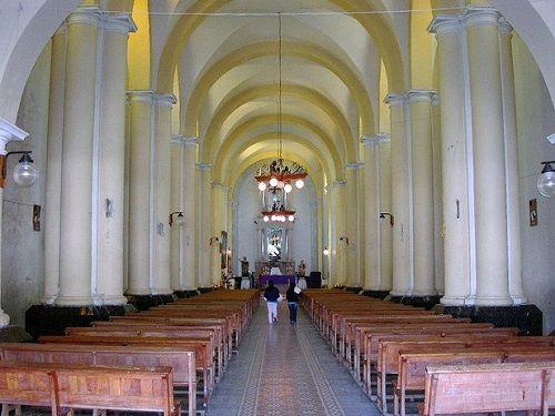 Paseo por Mexico Interior de Iglesia dedicada a San Juan Bautista en Xiutetelco