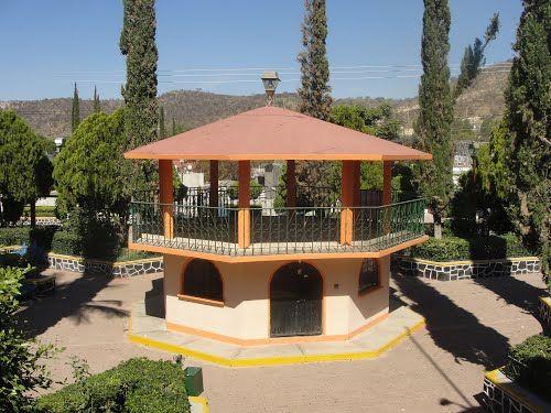 Paseo por Mexico Kiosco Xochiltepec