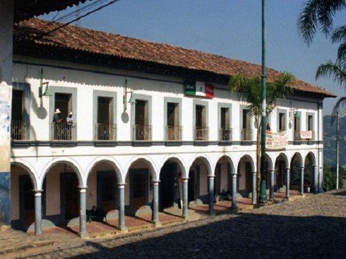 Paseo por Mexico Palacio Municipal de Xochitlán de Vicente Suárez