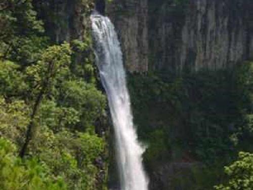 Paseo por Mexico Cascada la Canastilla en Yaonáhuac