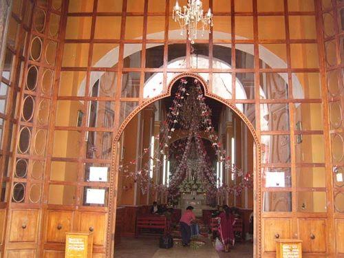 Paseo por Mexico Interior de Templo de Santiago Apóstol en Yaonáhuac