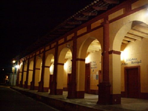 Paseo por Mexico Palacio Municipal Yaonáhuac