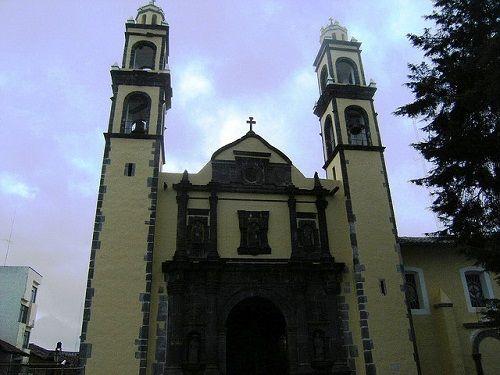 Paseo por Mexico Parroquia de San Pedro y San Pablo en Zacatlán