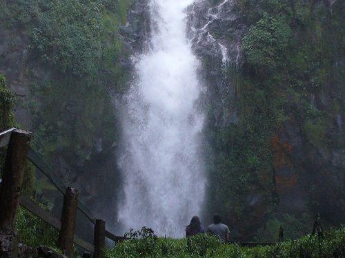 Paseo por Mexico Cascada de Tulimán en Zacatlán