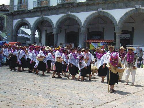 Paseo por Mexico Festival Cuauhxóchitl en Zacatlán