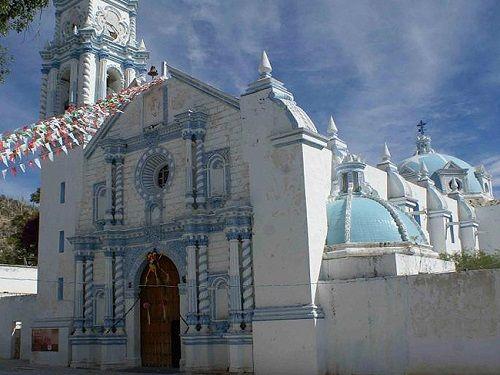 Paseo por Mexico Parroquia de San Martín Obispo de Tours en Zapotitlán