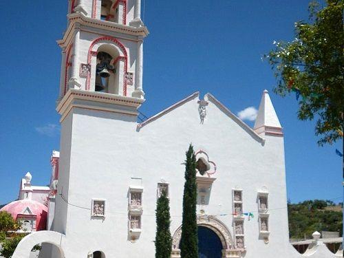 Paseo por Mexico Templo de los Reyes Magos en Zapotitlán