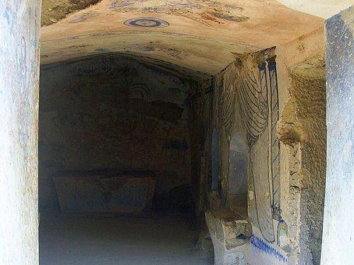 Paseo por Mexico Capilla Enterrada en Zapotitlán