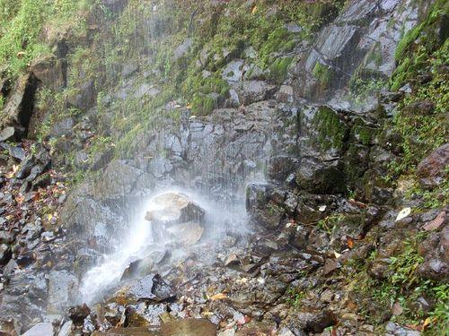 Paseo por Mexico Cascada Cruz de Agua en Zapotitlán de Méndez