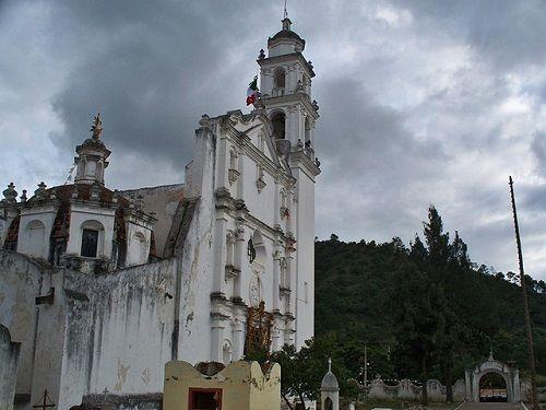 Paseo por Mexico Templo de Santiago Apóstol en Zautla
