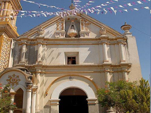 Paseo por Mexico Capilla de la Soledad en Zinacatepec