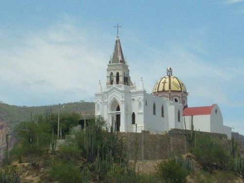 Paseo por Mexico Iglesia del Cerrito de Zinacatepec