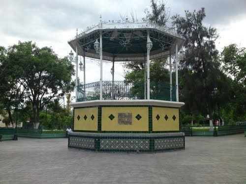 Paseo por Mexico Kiosco de Zinacatepec
