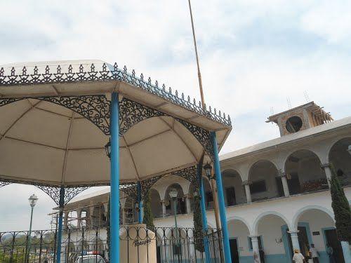 Paseo por Mexico Palacio Municipal de Zongozotla