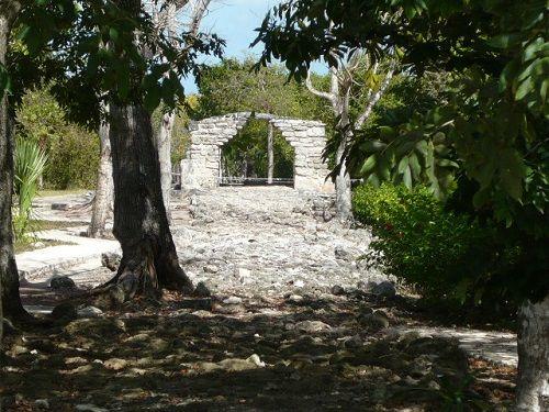 Paseo por Mexico Zona Arqueológica de San Gervasio en Cozumel