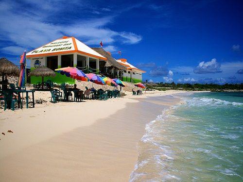 Paseo por Mexico Playa Bonita en Cozumel