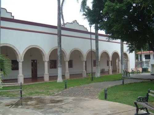 Paseo por Mexico Museo Maya Santa Cruz Xbáalam Naj en Felipe Carrillo Puerto