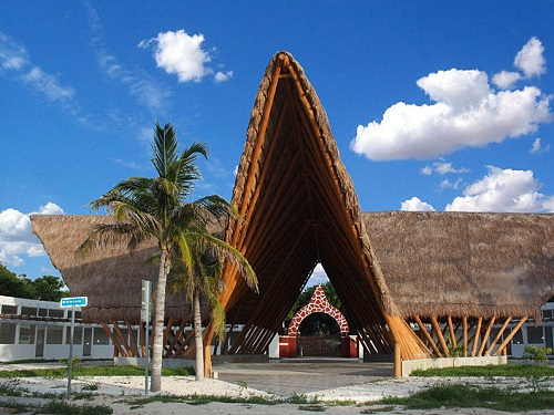 Paseo por Mexico Hacienda Mundaca en Isla Mujeres