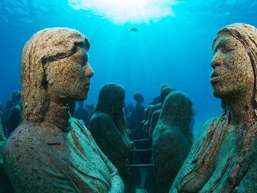 Paseo por Mexico Esculturas en (MUSA) en Isla Mujeres