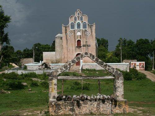 Paseo por Mexico Parroquia de Sacalaca en José María Morelos