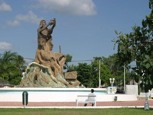 Paseo por Mexico Monumento al Renacimiento en Othón P. Blanco