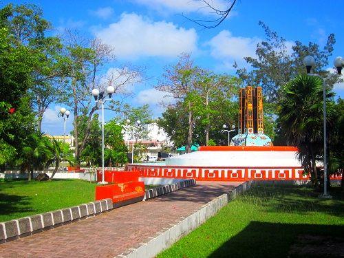 Paseo por Mexico Parque de los Caimanes en Othón P. Blanco