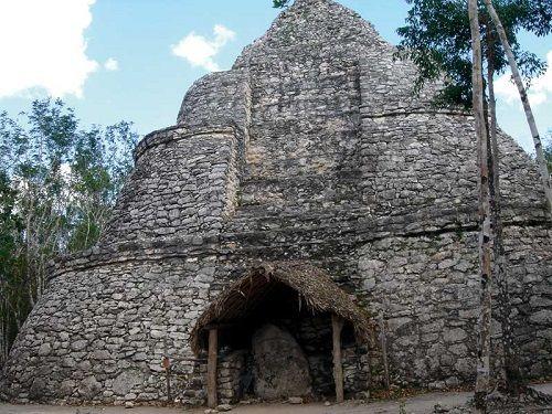 Paseo por Mexico Observatorio astronómico en Cobá localizado en Tulum