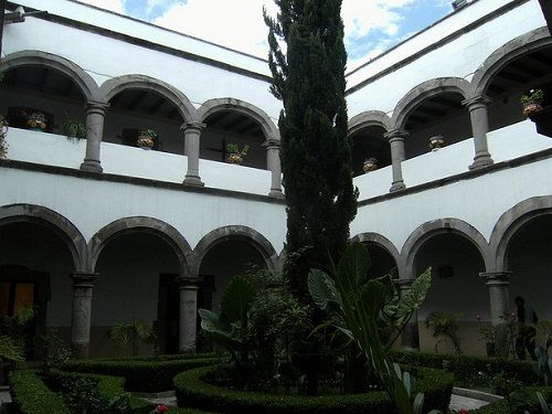 Paseo por Mexico Ex-convento Franciscano de Nuestra Señora de los Ángeles en Chiautempan